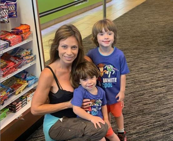 Jill Nicolini with kids