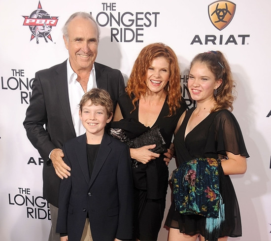 Ron Shelton, wife Lolita Davidovich and children